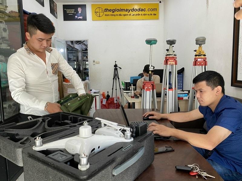 bàn giao máy phantom 4 rtk cho khách hàng